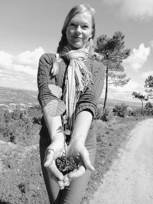 Aline Saupe, planting trees to protest.